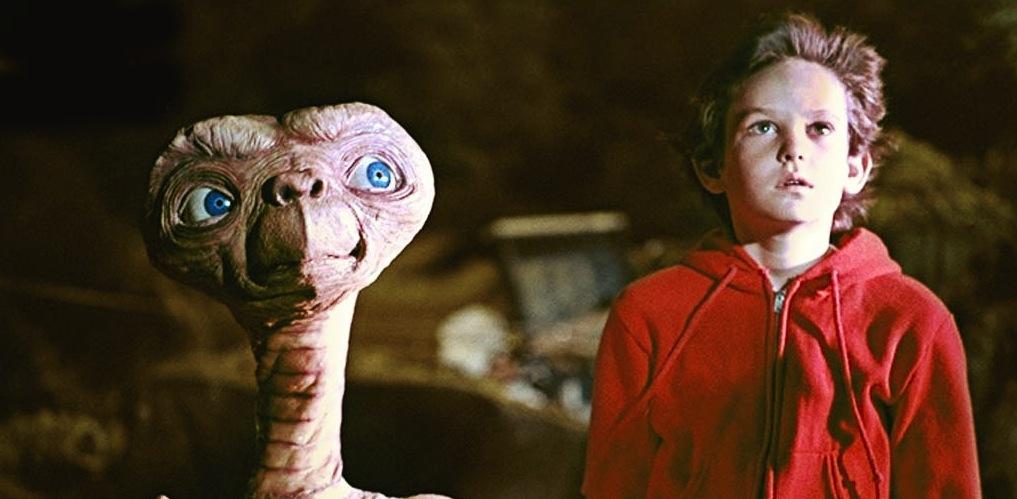 E.T. el extraterrestre y Elliot se reencuentran en un emotivo cortometraje