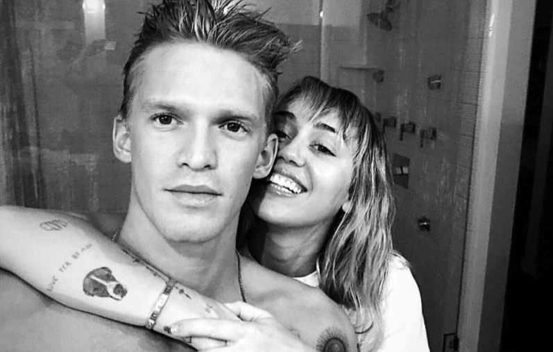 Cody Simpson celebra 6 meses de relación con Miley Cyrus