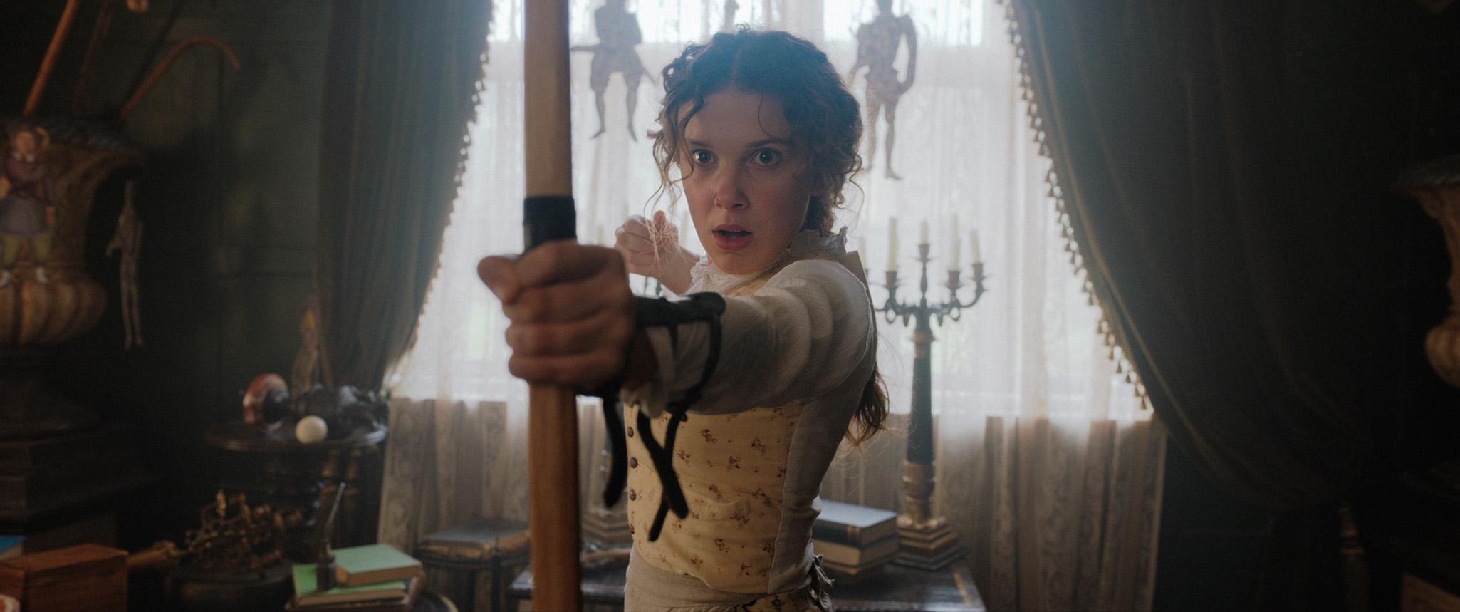 Millie Bobby Brown se convierte en la hermana de Sherlock Holmes para el próximo filme de Netflix