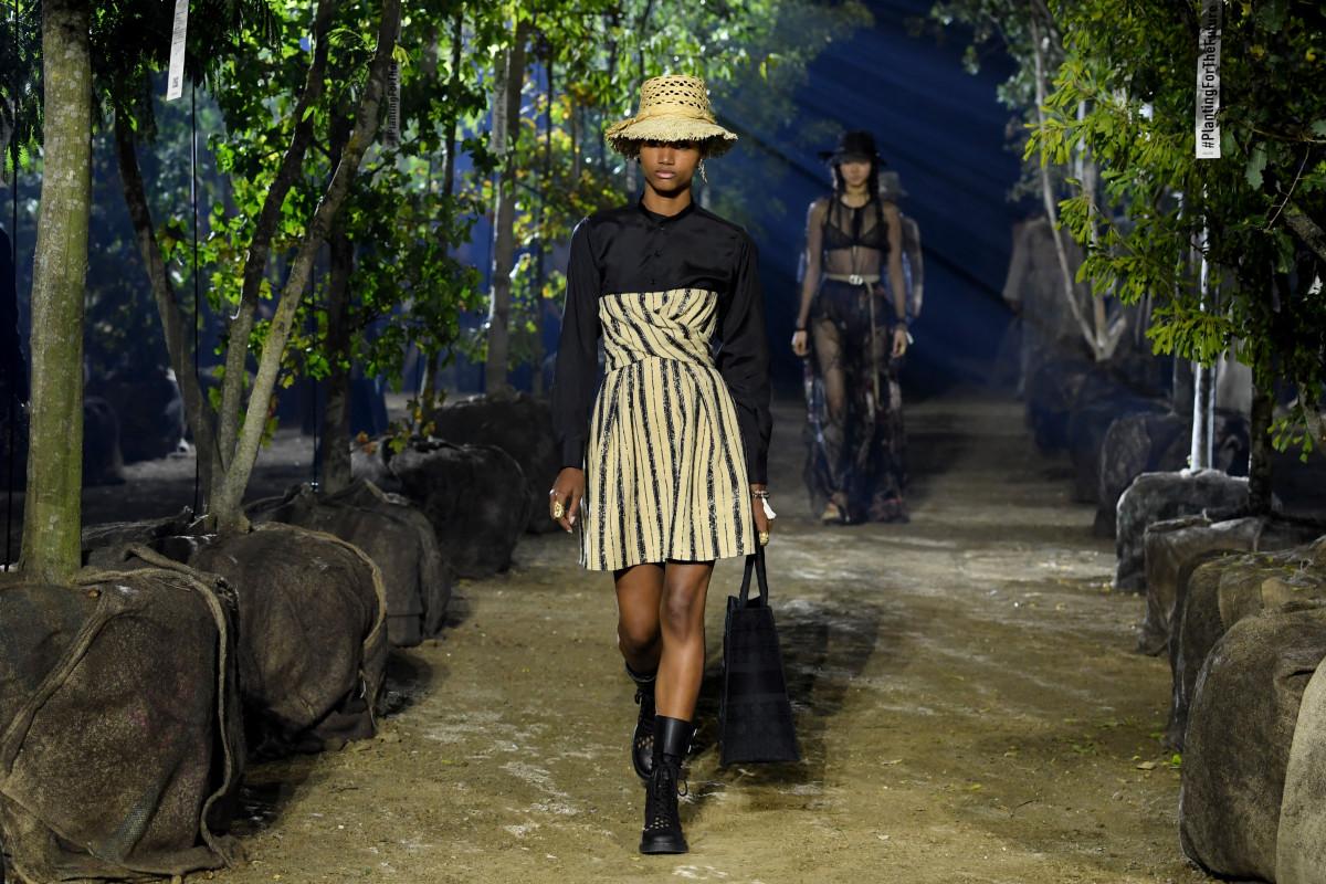 No te pierdas la pasarela primavera-verano 2021 de Dior en vivo