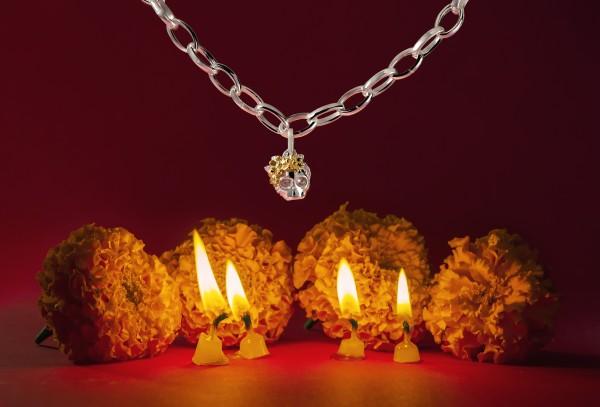 La nueva colección de charms de TANE trae un lindo y delicioso pan de muerto