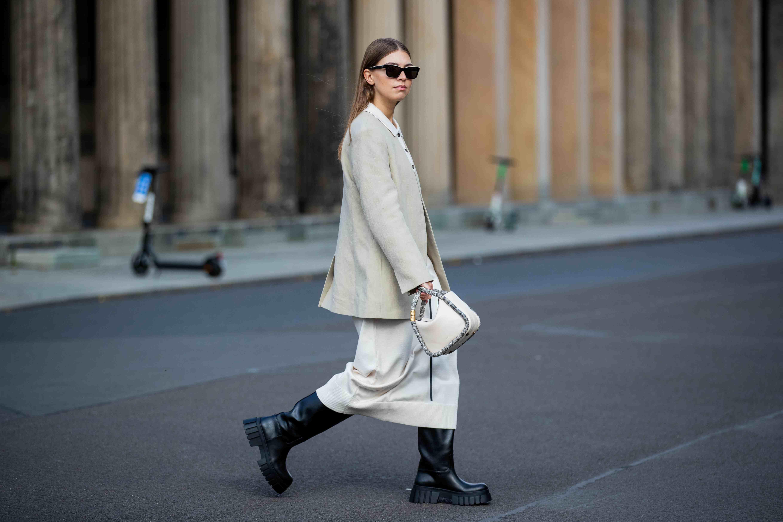 5 tendencias de vestidos que no pueden faltar en tu armario en 2021