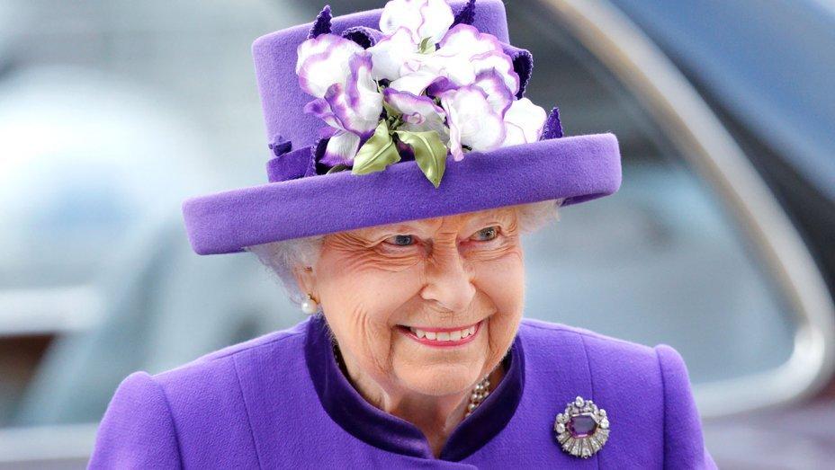 Ahora podrás trabajar en el Palacio de Buckingham junto a la reina Isabel II