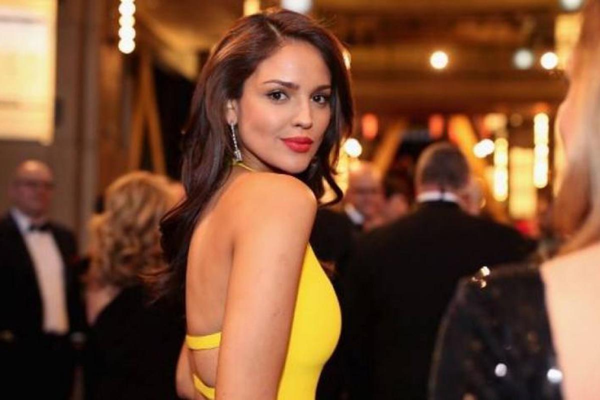 Celebrity style: el conjunto de punto de Eiza González