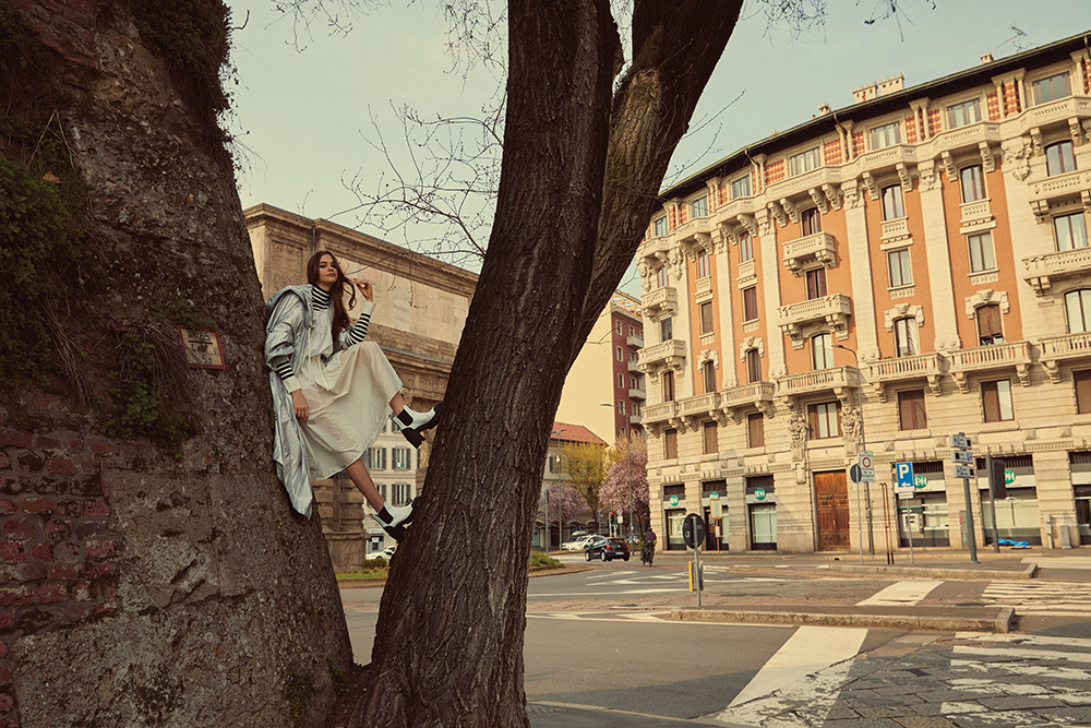 Piérdete en las calles de Milán con las nuevas tendencias de Moncler para la primavera