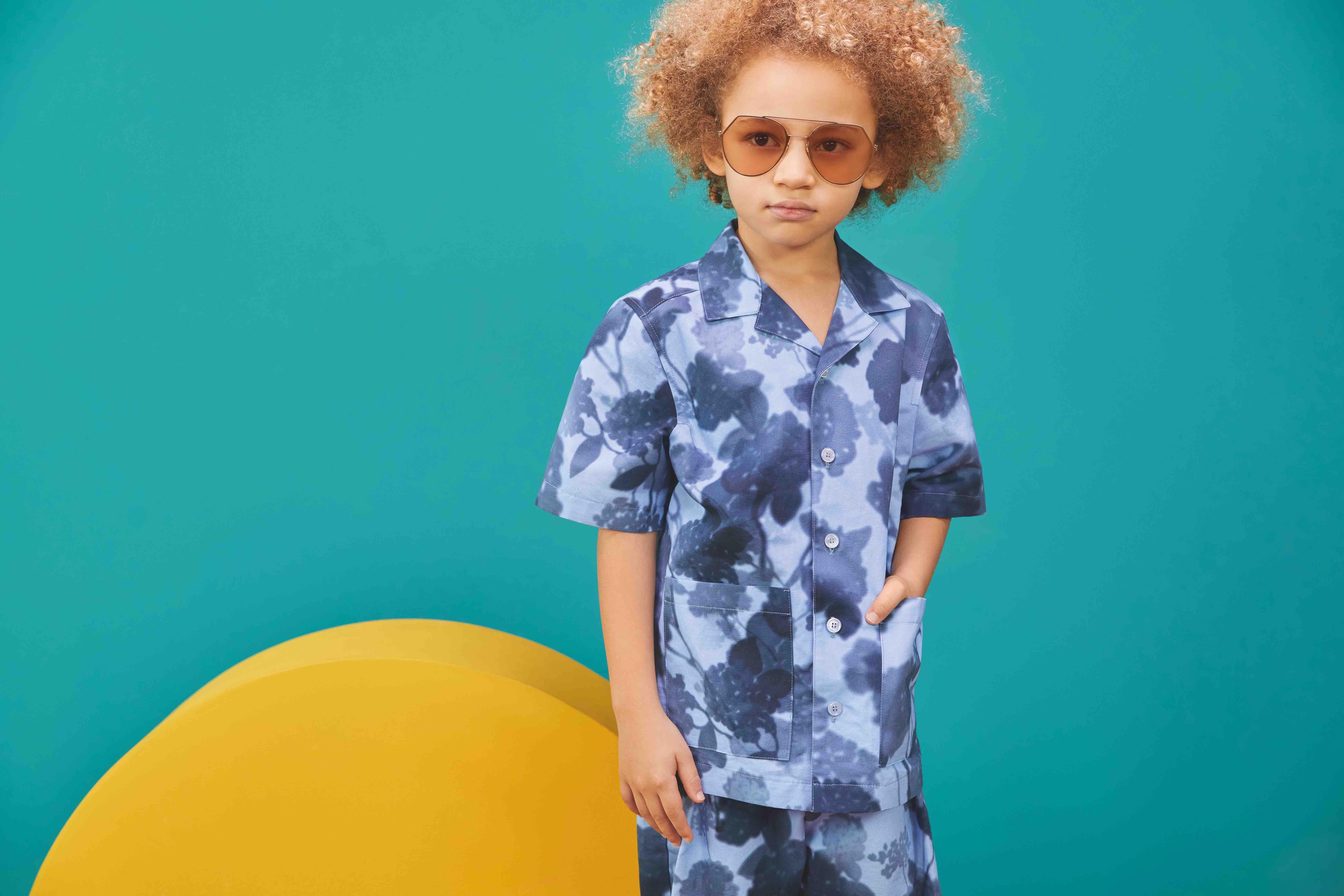 La nueva colección kids de FENDI está llena de colores y siluetas que enamoran no sólo a los niños