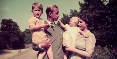 El príncipe Felipe, esposo de la reina Isabel II, ha muerto a los 99 años de edad