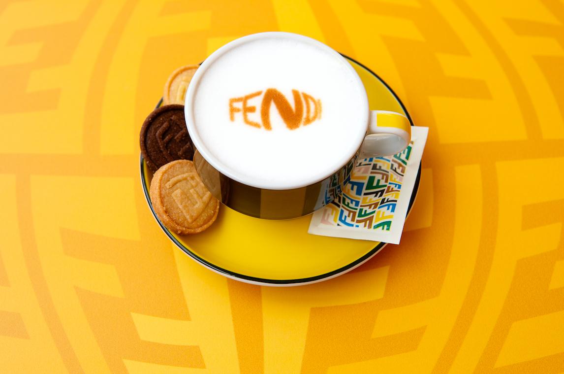 Ya puedes disfrutar de un café de lujo gracias a FENDI