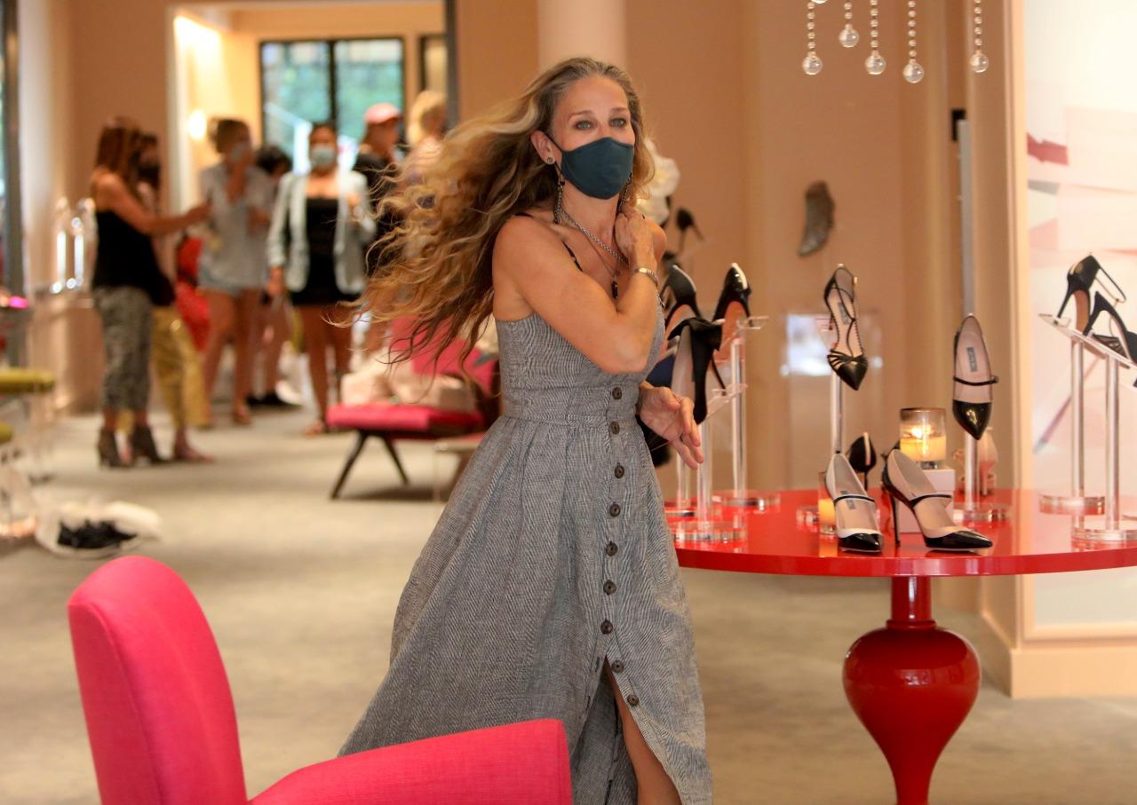 3 señales inequívocas de que Sarah Jessica Parker se está preparando para ser Carrie Bradshaw otra vez