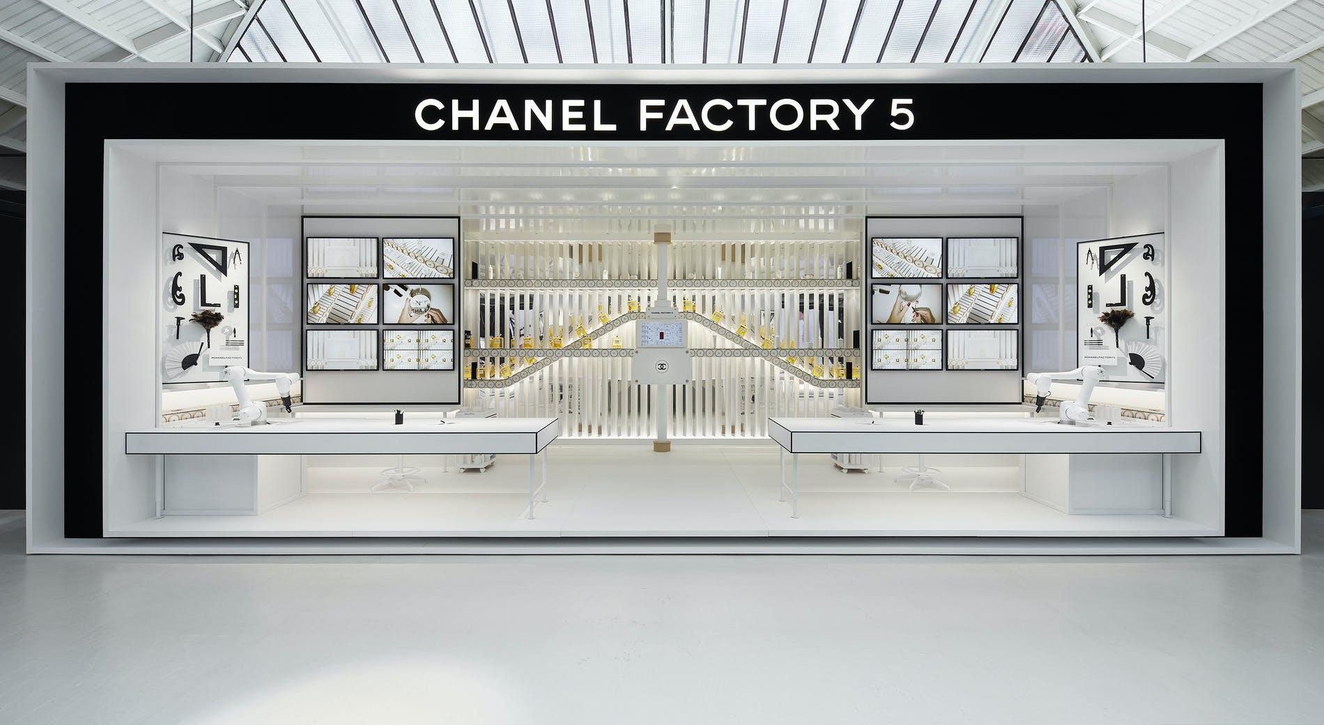 CHANEL FACTORY 5: La Pop-Up Store de la Maison donde podrás vivir una experiencia de lujo dentro de una fábrica ultramoderna