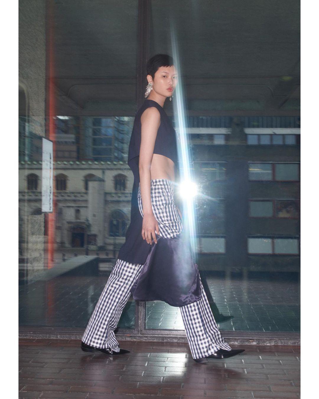 Repleta de diseños cisgénero, así es la nueva colaboración de H&M X Toga Archives