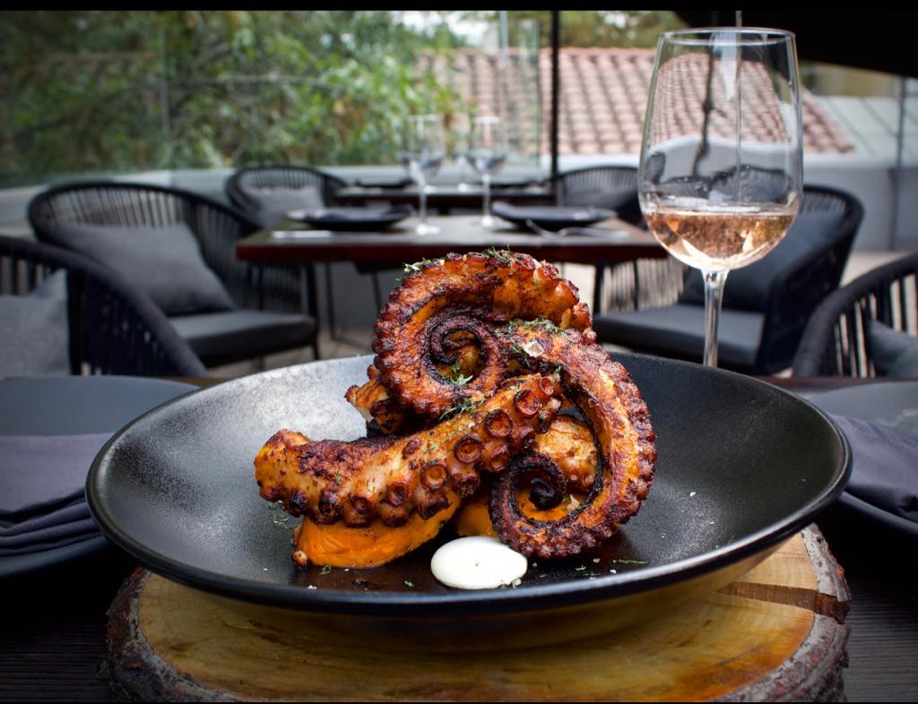 Carmina: el mejor lugar en la Condesa para disfrutar la cocina de brasa y platillos veganos