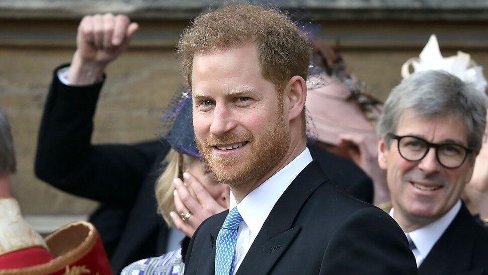 El príncipe Harry contará su historia en un libro de memorias; la familia real está preocupada