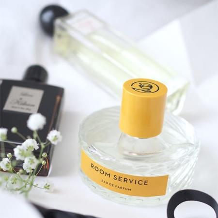 - Eau de Parfum 'Room Service' de Vilhelm Parfumerie, 210 euros.