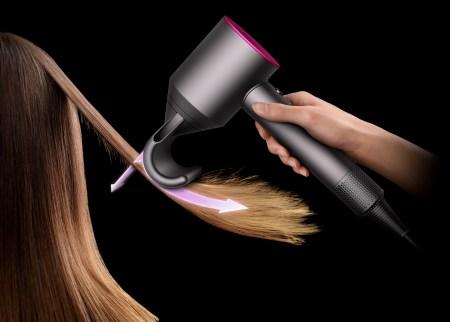 Dile adiós a la estática y frizz del cabello con esta herramienta