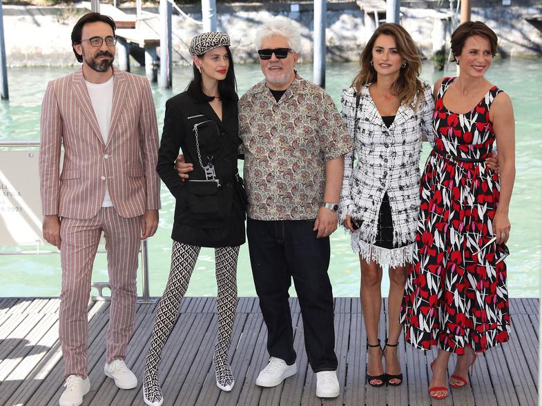 Inicia el Festival de Venecia 2021 y con el los mejores looks