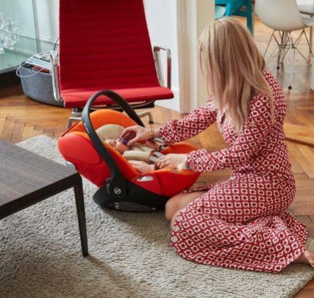 5 accesorios ideales para una mamá (o papá) primerizo