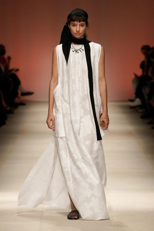Salvatore Ferragamodominó la Rotonda della Besana con su desfile en Milán Fashion Week 2021