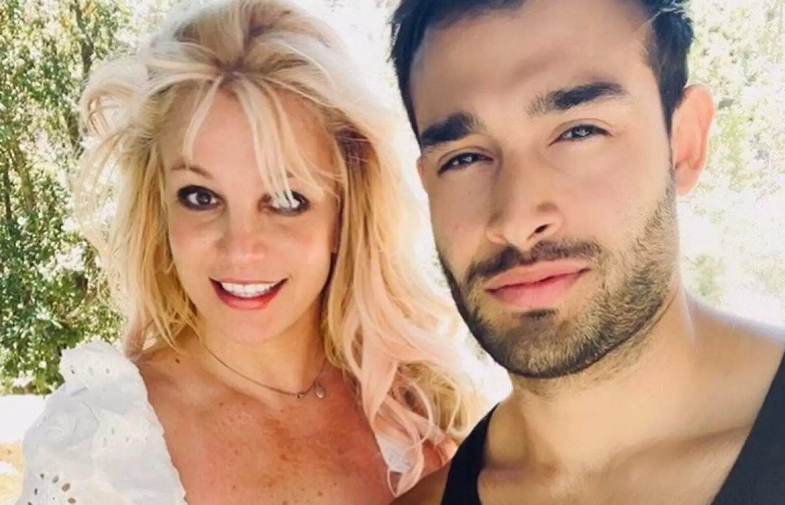 ¡Britney Spears está comprometida con su novio Sam Asghari!
