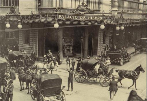 Recorre la historia de un Palacio, con El Palacio de Hierro