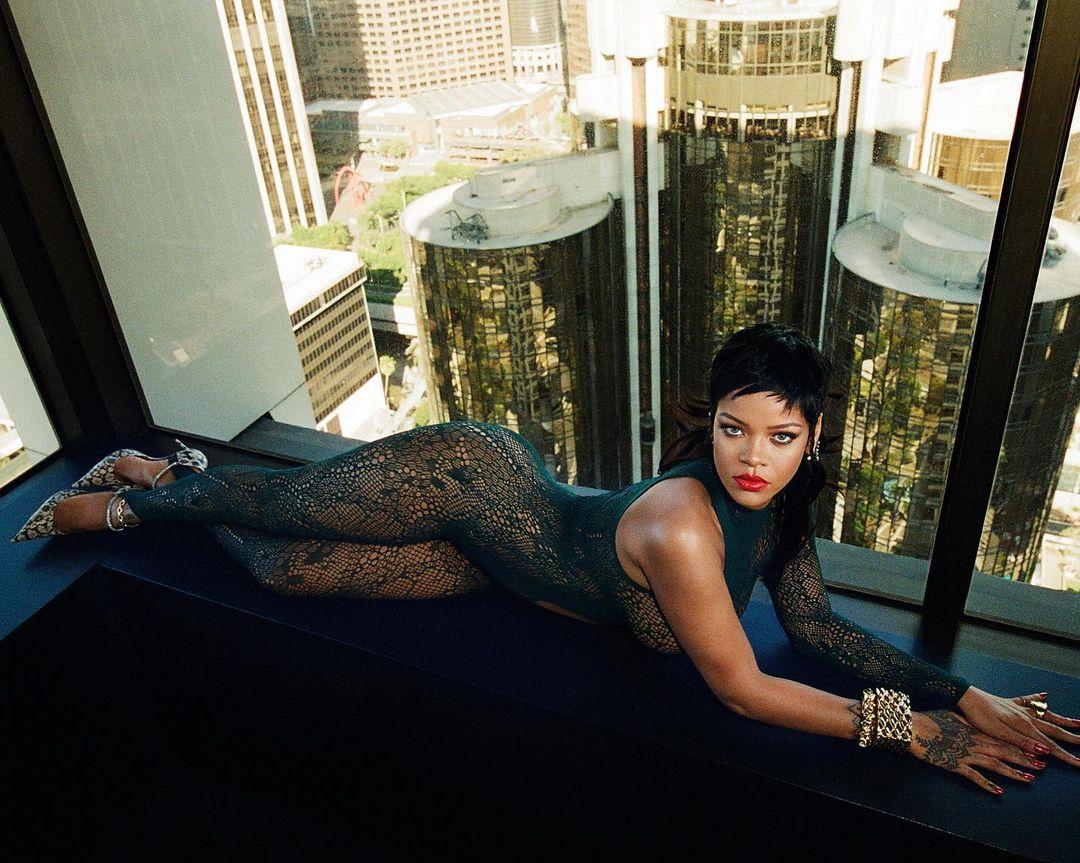 Rihanna abrirá tiendas físicas de Savage x Fenty