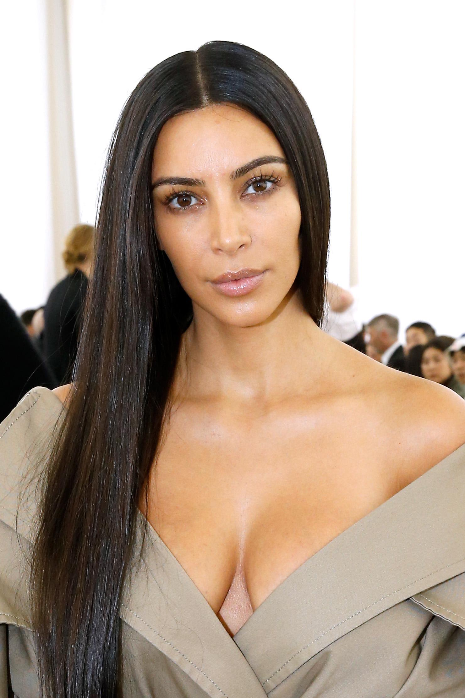 Kim Kardashian Paris Fashion Week 2016