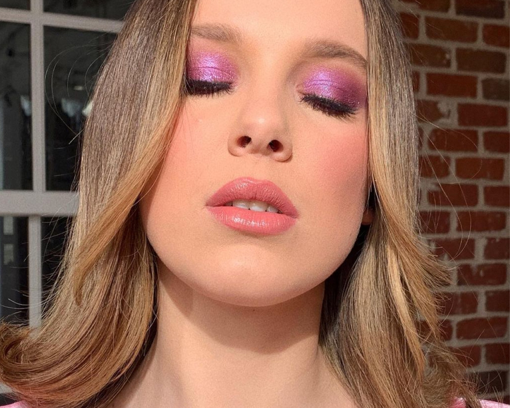 pink and purple eyeshadow