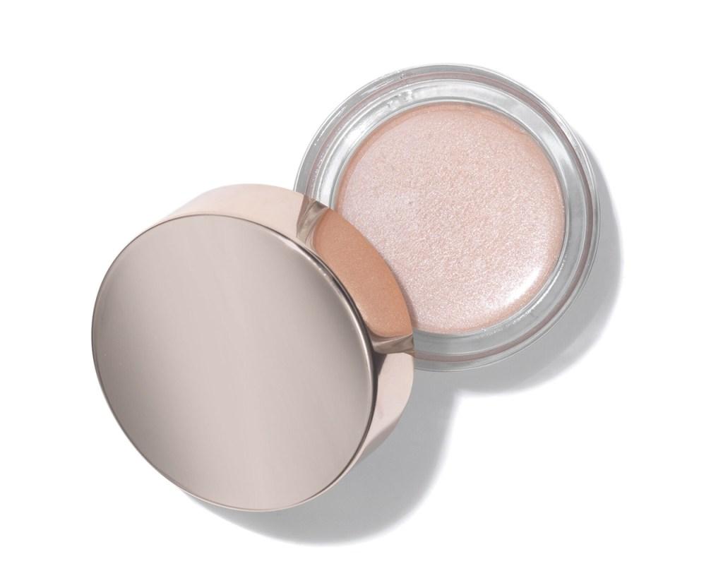Miranda Kerr's daily makeup routine