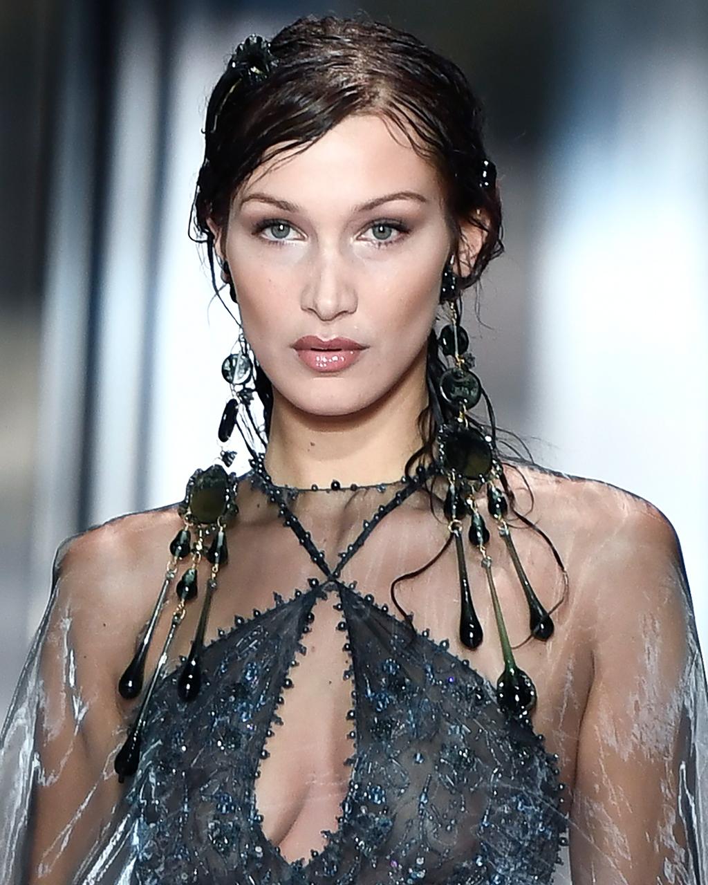 Fendi SS21 Haute Couture, Bella Hadid