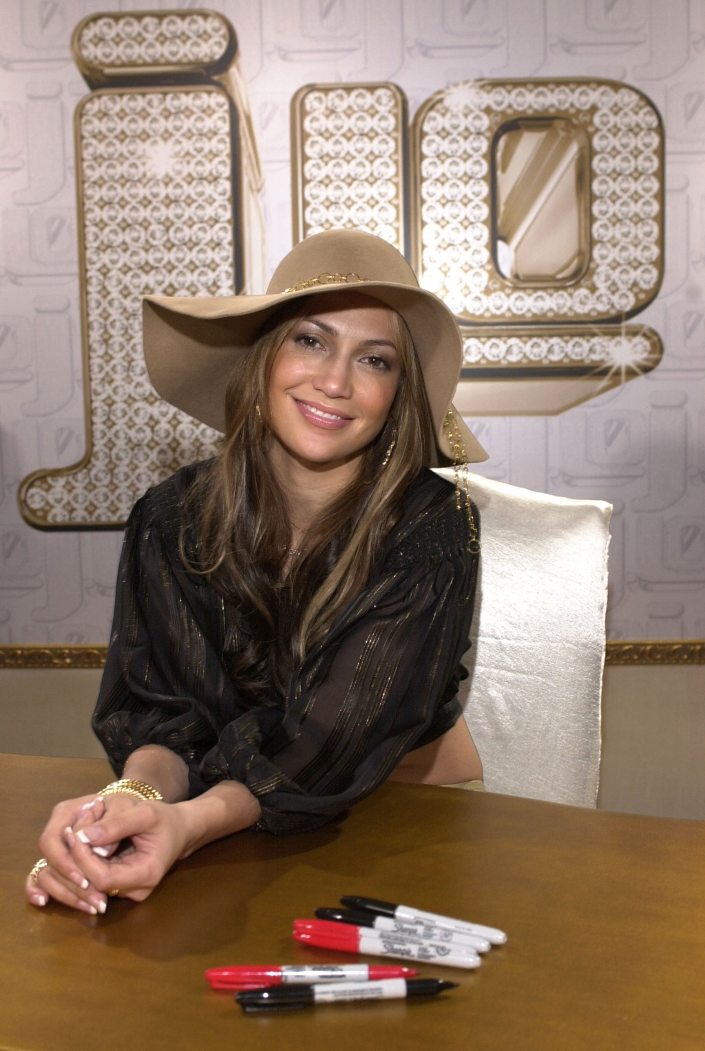 """Jennifer Lopez in Store Appearance for her New CD """"J.Lo"""""""