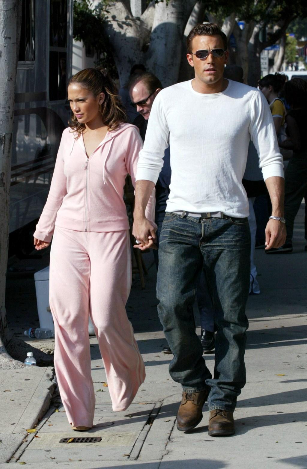 Ben Affleck waits for Jennifer Lopez