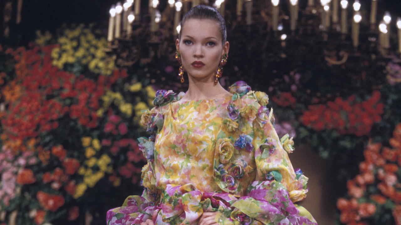 The Most Iconic Haute Couture Show Moments Of The '90s