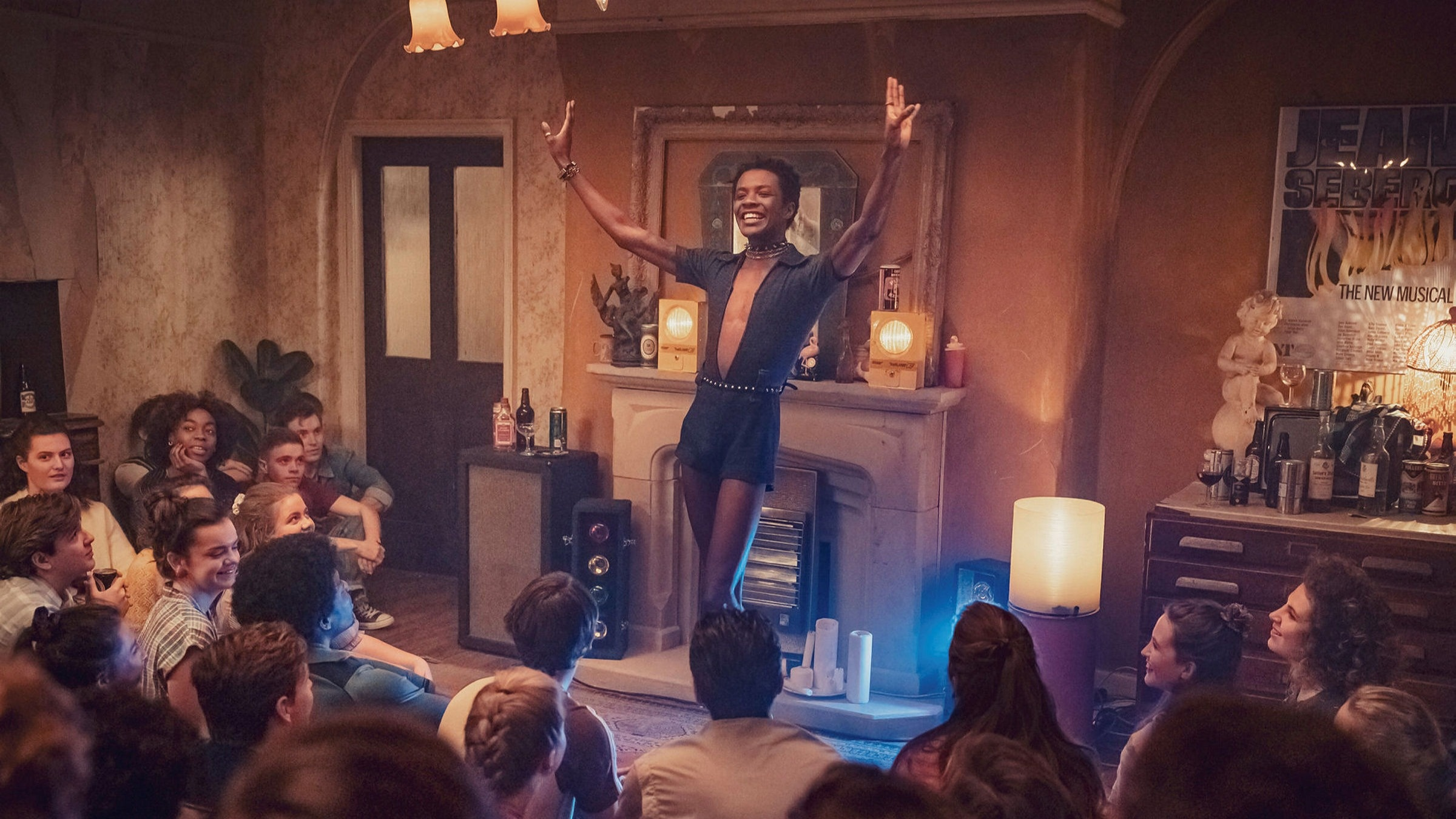 It's A Sin: The British Drama Depicting The AIDs Epidemic In The '80s