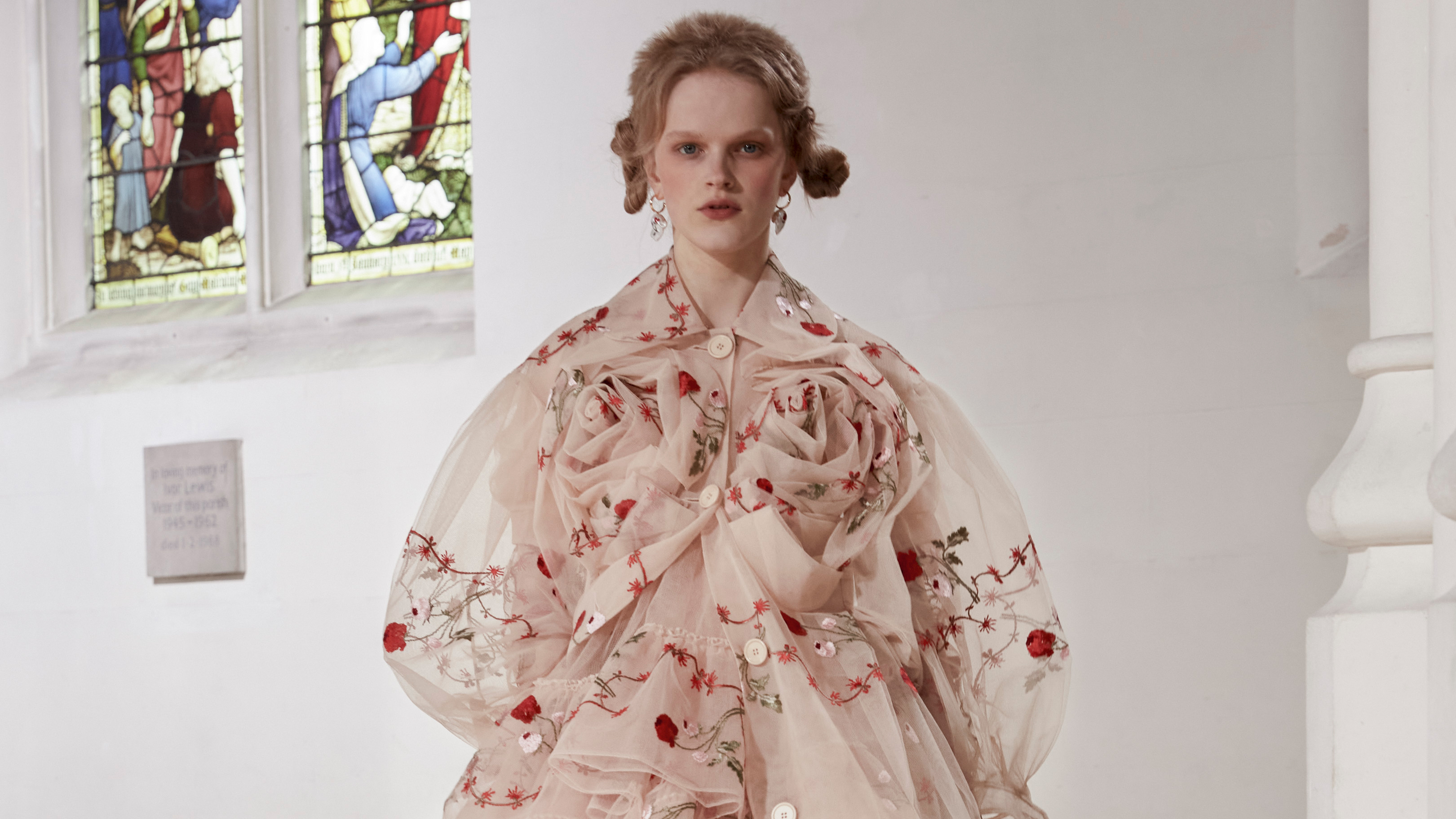 Simone Rocha Fall 2021 is Downright Spellbinding