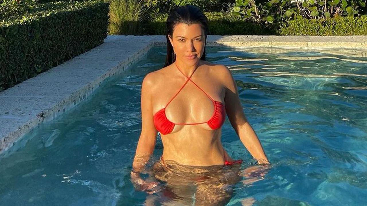 Style Editors Review the Upside-Down Bikini Trend - Grazia