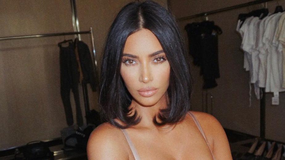 Kim Kardashian, Selena Gomez, And The Return Of The 90s Rounded Blow Out - Grazia USA