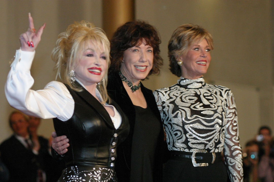 Dolly Parton Confirms She Will Join The Final Season of 'Grace & Frankie'