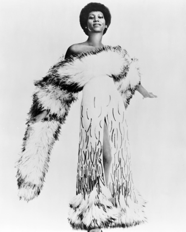 Aretha Franklin boa,