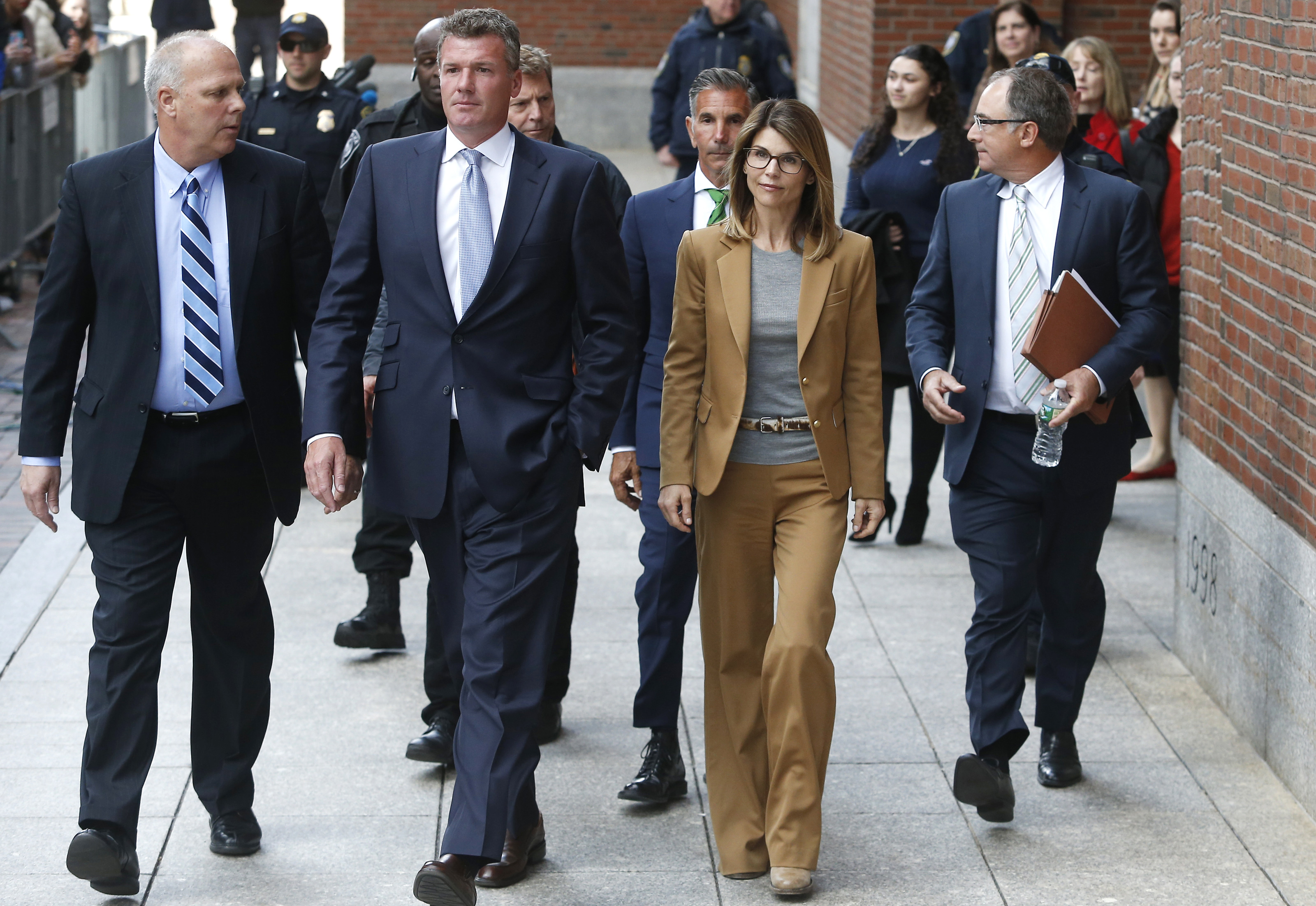 Lori Loughlin college admissions scam