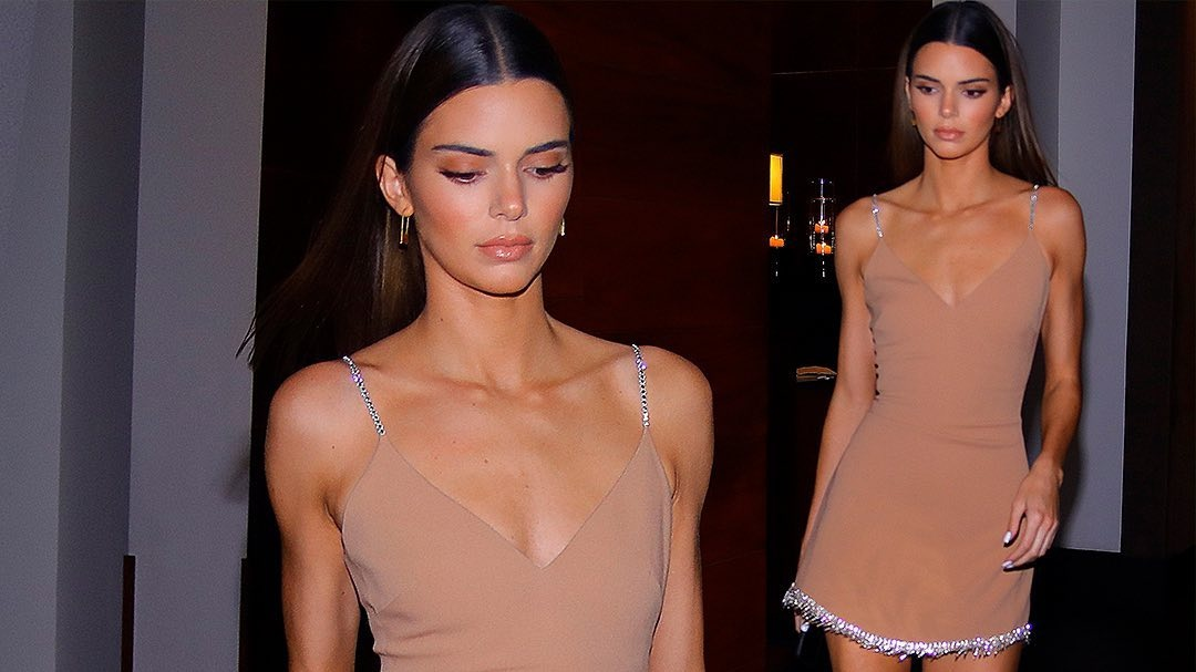 Kendall Jenner Does Her Take On Carrie Bradshaws Naked