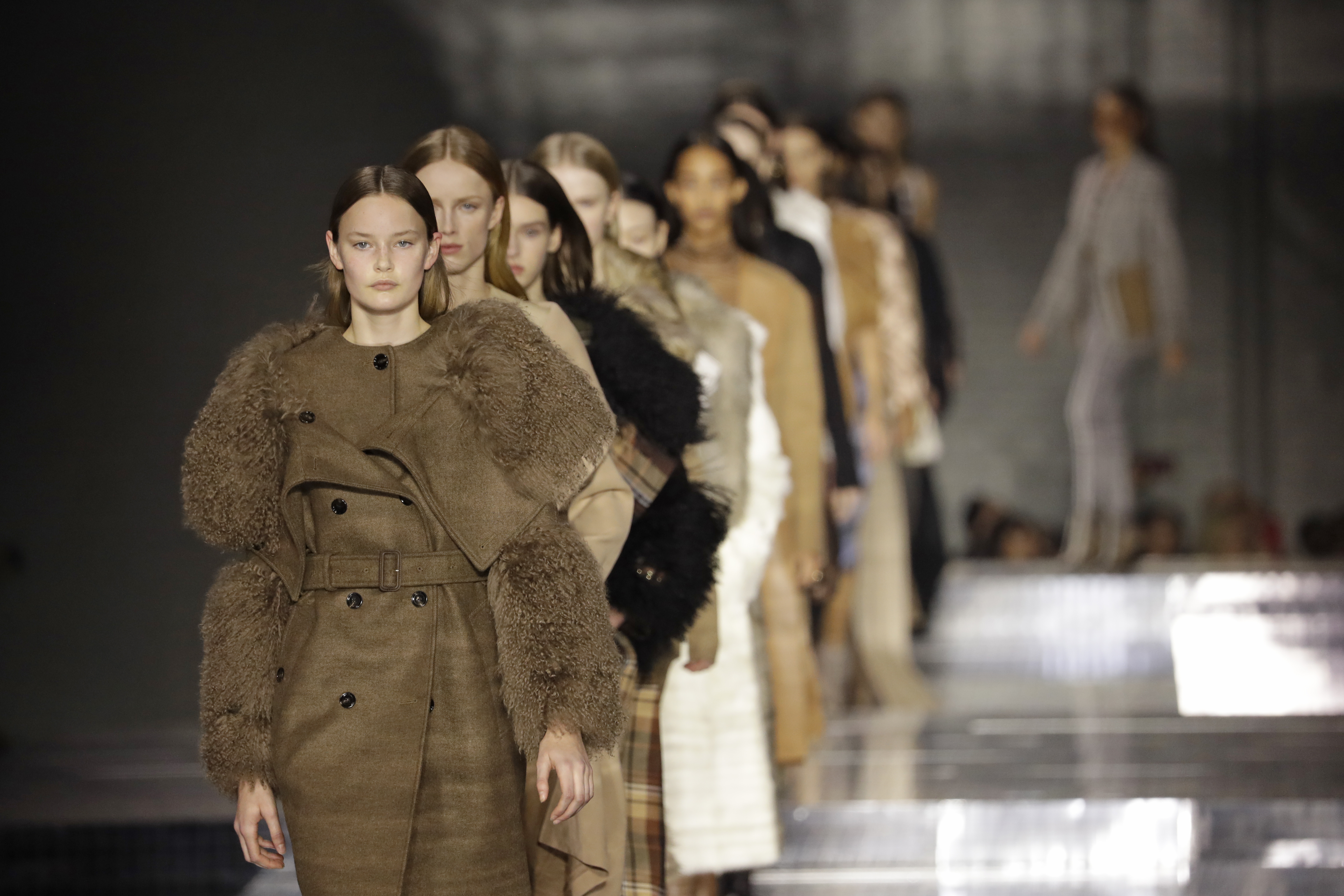 The Fashion Show Will Go On For Burberry As They Confirm An Outdoor Runway In September Grazia