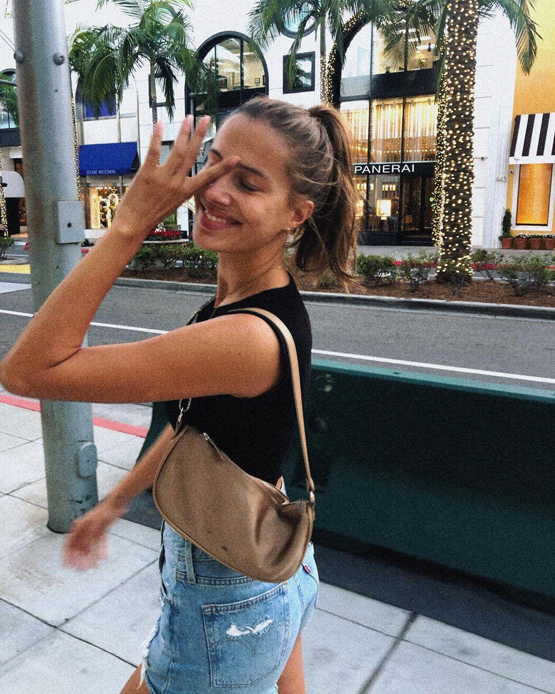 brad pitt girlfriend Nicole Poturalski