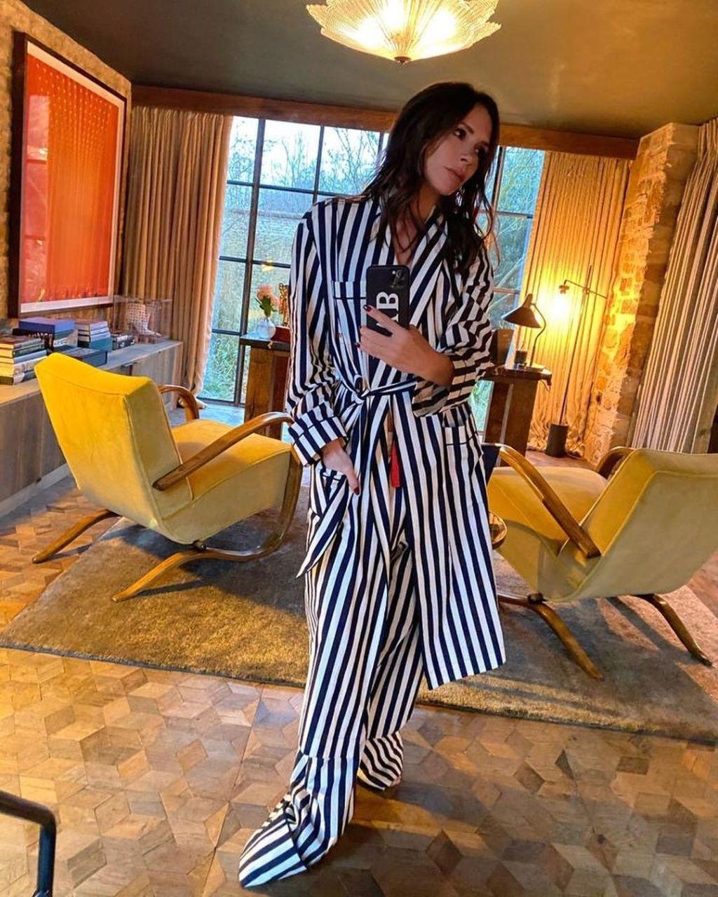 victoria beckham pyjamas