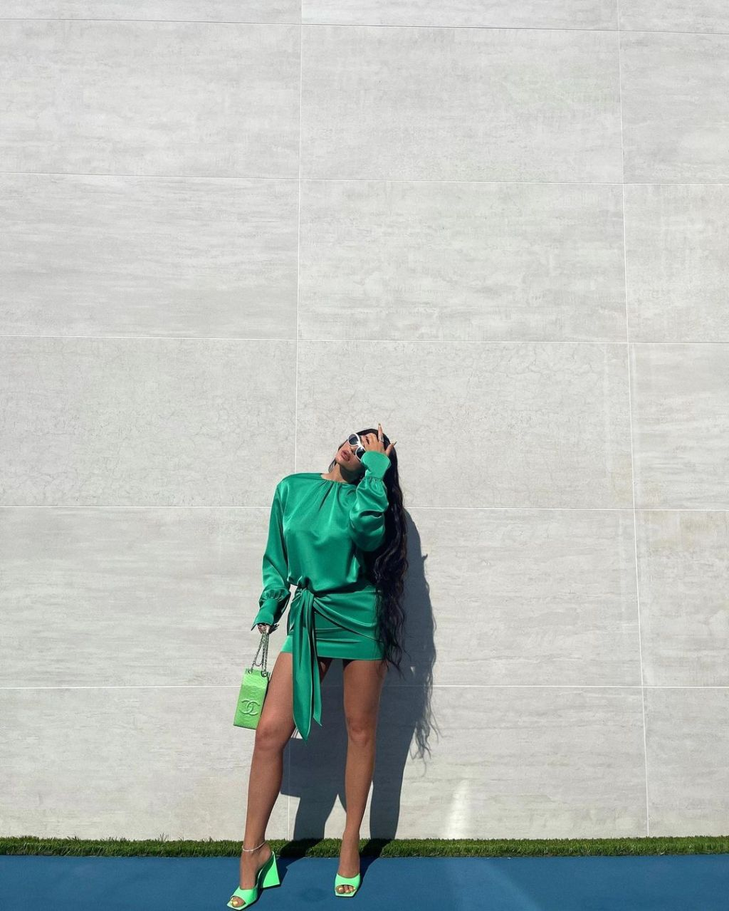 kylie jenner hailey bieber green heels