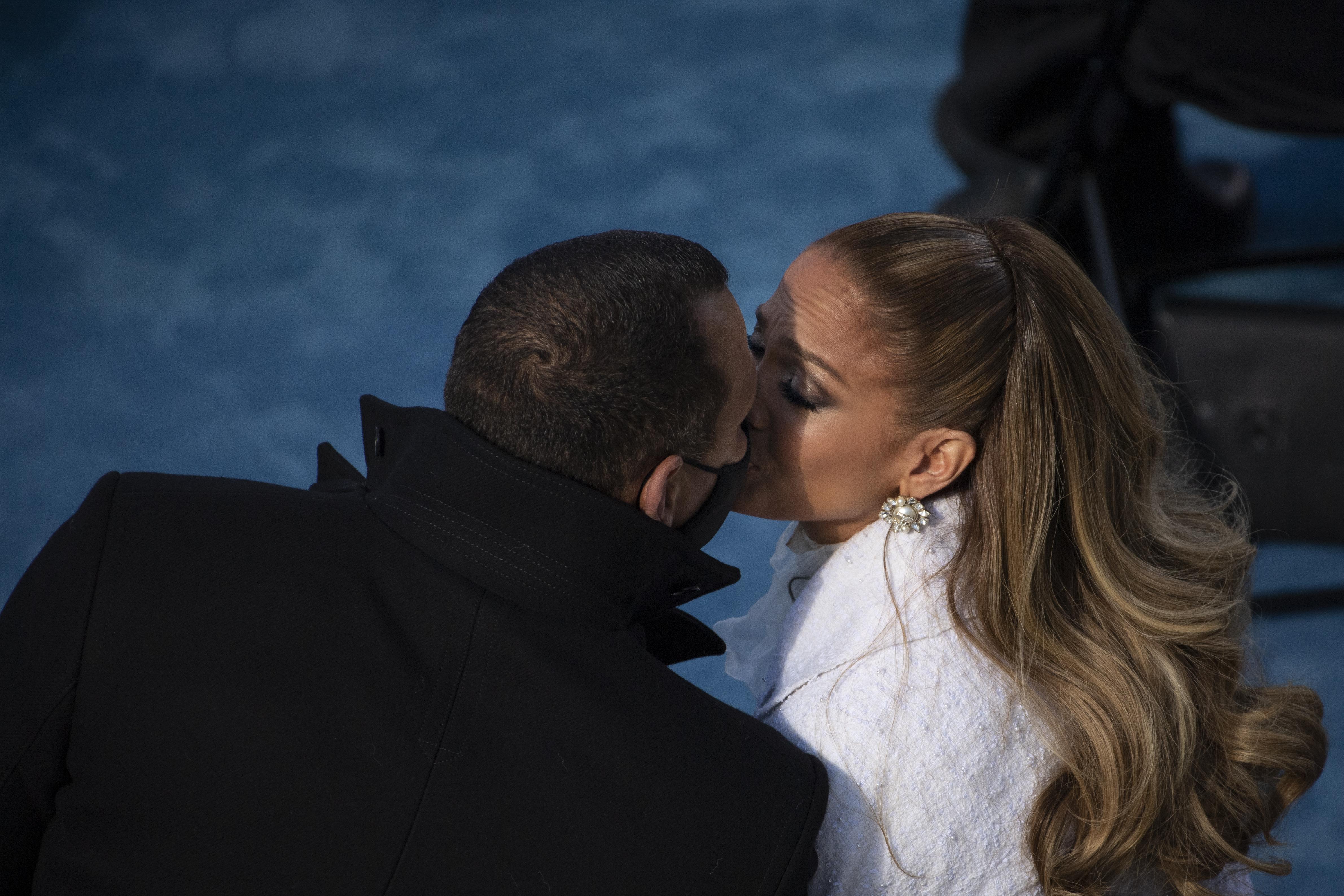 Jennifer Lopez couples therapy