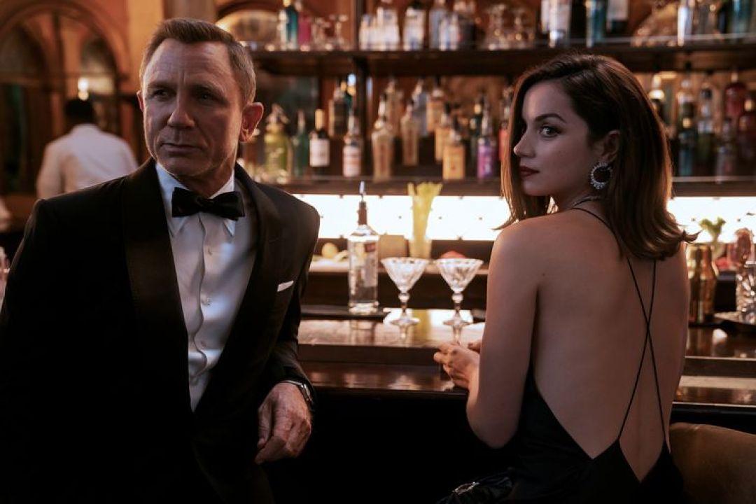 James Bond Ana de Armas No Time To Die